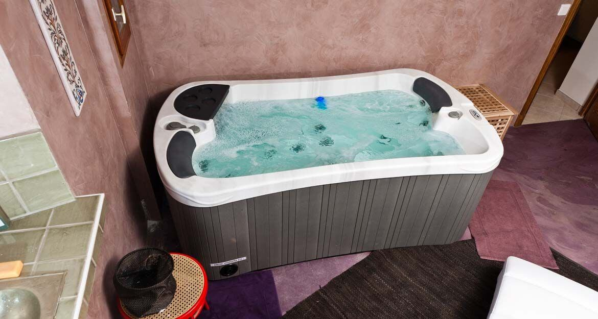 spa jacuzzi portable 2 places serenity s20 clairazur. Black Bedroom Furniture Sets. Home Design Ideas